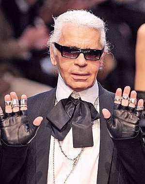 http://samanthaiam.files.wordpress.com/2008/08/karl-lagerfeld.jpg